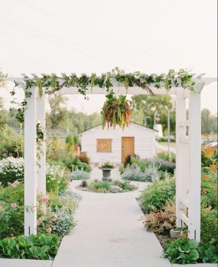 Wedding Venue outdoor summer ceremony area in Calgary
