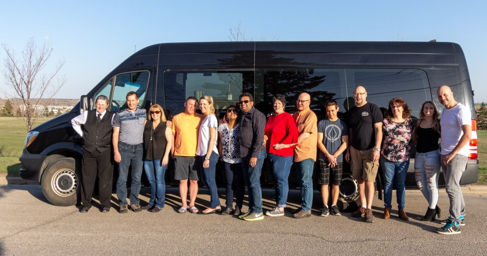 Calgary limo and party bus services